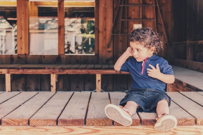 Styr på dit barns tøj med et navnestempel